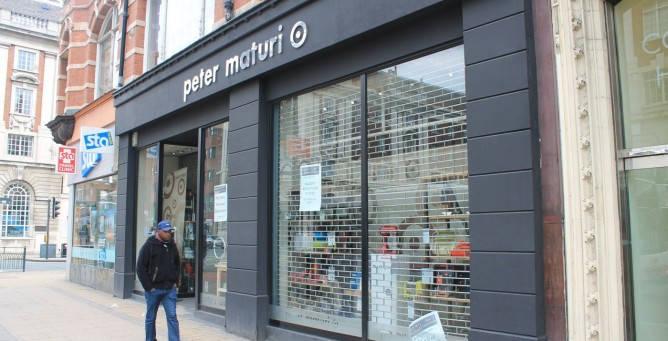 Peter Maturi Has Closed Down - Closed Shopfront_web_2