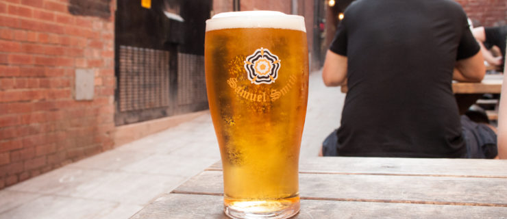 This Cheap & Cheerful Pub Crawl Around Leeds is a Must-do