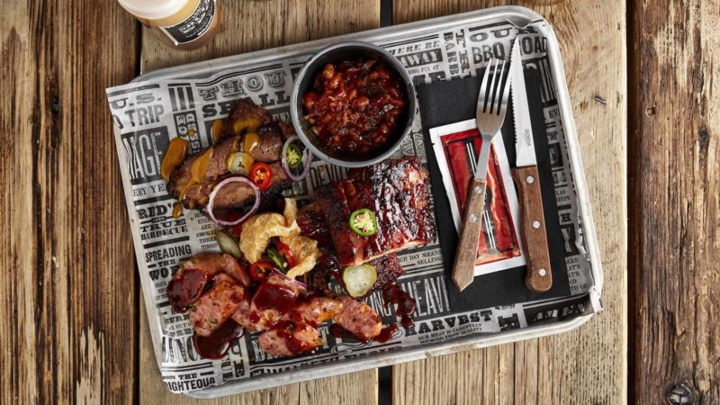 Red's True BBQ Pitmasters Tray