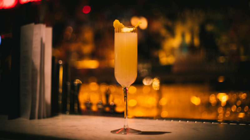 French 75, Neighbourhood
