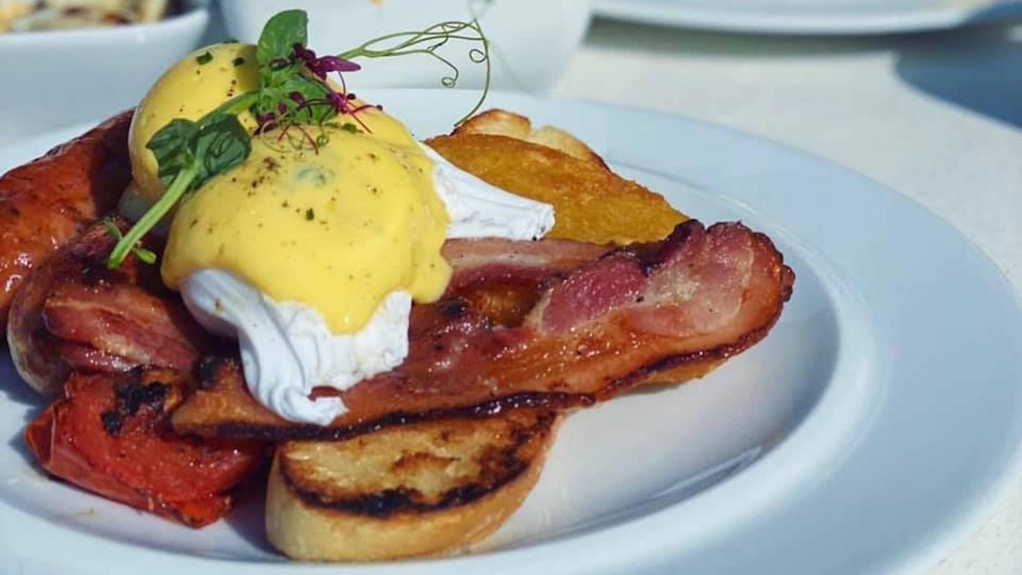 Heaney & Mill, breakfast