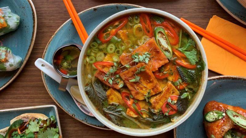 food in nam song caphe