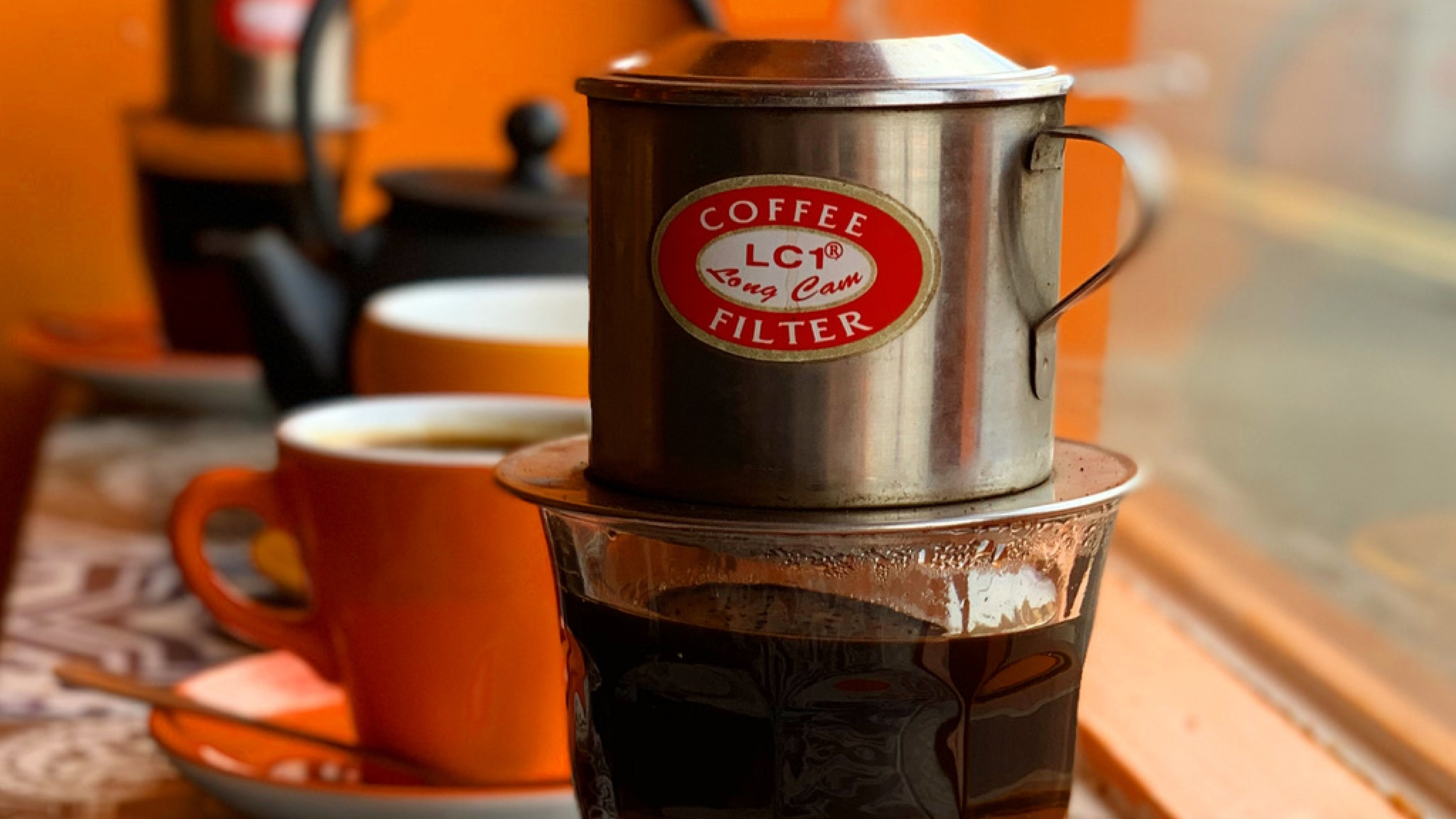 filter coffee in nam song caphe